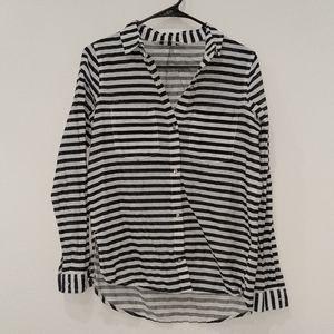 Like new! Zara striped long sleeve shirt